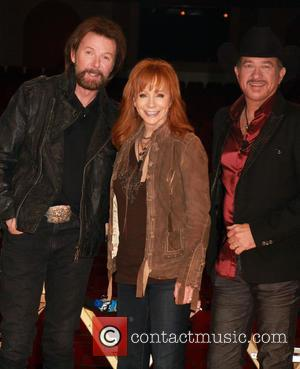 Ronnie Dunn, Reba McEntire and Kix Brooks - Reba McEntire and Brooks & Dunn named new Caesars Palace headliner at...