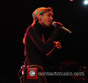 Willow Smith - Enter The Void Tour with Jhene Aiko, The Internet, SZA, and Willow Smith performing at Best Buy...