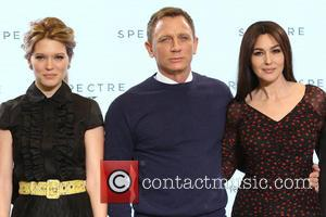 "Daniel Craig Will Take On ""007"" Again - For The Last Time?"