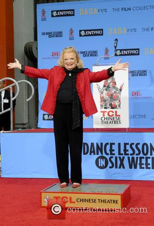Gena Rowlands - Gena Rowlands honoured with a hand and footprint ceremony at the TCL Chinese Theatre - Los Angeles,...
