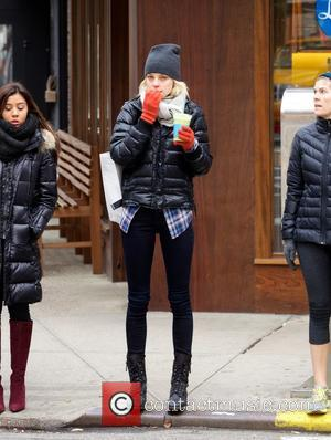 Jessica Stam - Jessica Stam grabs herself a juice from Liquiteria while out and about in the East Village -...