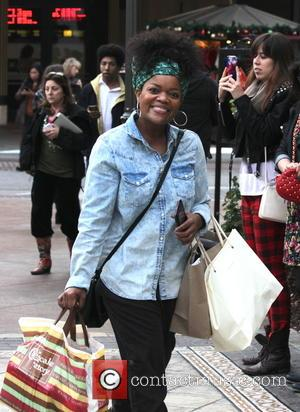Yvette Nicole Brown - Actress Yvette Nicole Brown goes shopping at The Grove - Los Angeles, California, United States -...