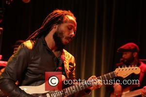 Ziggy Marley - Ziggy Marley performs at the 17th Annual Samuel Waxman Cancer Research Foundation's Benefit Dinner and Auction at...