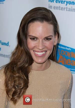 Hilary Swank - The Actors Fund 2014 The Looking Ahead Awards at Taglyan Cultural Complex - Hollywood, California, United States...