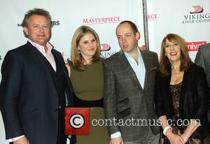 Hugh Bonneville, Jenna Bush Hager, Gareth Neame and Phyllis Logan