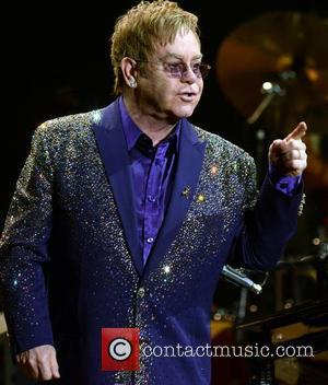 Elton John And Lady Antebellum Shine At New Year's Rockin' Eve 2015 Festivities [Photos]