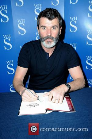 Roy Keane - Roy Keane signs copies of his book