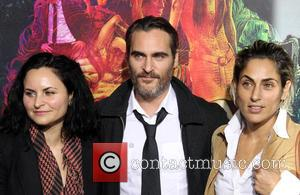 Rain Phoenix, Joaquin Phoenix and Summer Phoenix - Los Angeles premiere of 'Inherent Vice' - Arrivals at TCL Chinese Theatre...