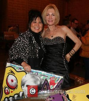 Sonia Ete and Karen Bystedt - Chris Brown and Karen Bystedt Exclusive Serigraph Signing Benefit Symphonic Love Foundation at Guerilla...