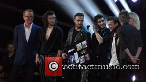 One Direction, Niall Horan, Zayn Malik, Liam Payne, Harry Styles and Louis Tomlinson - BBC Music Awards - Performances -...