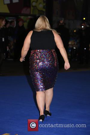 Rebel Wilson Reprimanded For Touching Museum Relics