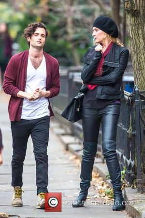 Uma Thurman and Penn Badgley - Uma Thurman and Penn Badgley on set in Brooklyn for the new NBC tv...