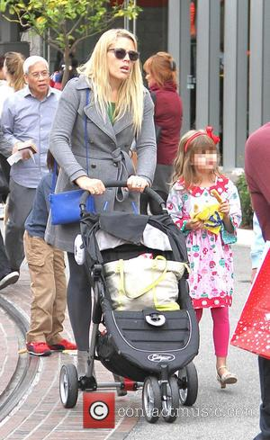 Busy Philipps and Birdie Silverstein - Busy Philipps spotted shopping at The Grove with her two daughters, Birdie and Cricket...