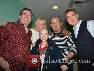Paddy Houlihan, Jenny O'carroll, Brendan O'carroll and Danny O'carroll With Alice Flanagan (13)