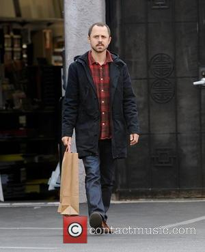 Giovanni Ribisi - Giovanni Ribisi does some last minute shopping at Glue Rooster - Los Angeles, California, United States -...