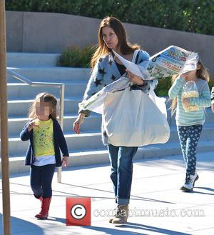 Amanda Anka and Maple Bateman - Photo's of American actor Jason Bateman as he and his family went shopping for...