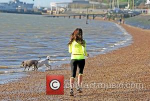 Pascal Craymer - TOWIE star Pascal Craymer running on the beach in Leigh on Sea, Essex - Leigh On Sea,...
