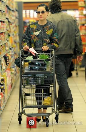 Dita Von Teese - Dita Von Teese keeps a low profile whilst out grocery shopping at Gelson's Markets - Los...