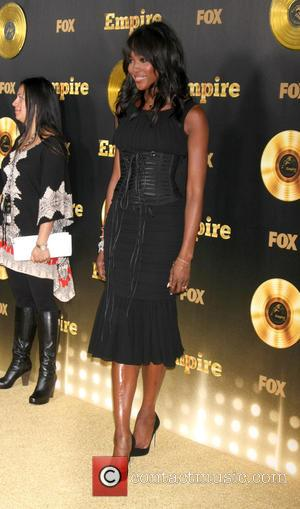 Naomi Campbell Blames Late Tv Appearance On Immigration Hold Up