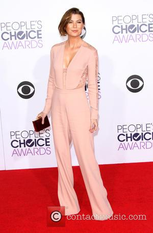 Ellen Pompeo - The 41st Annual People's Choice Awards at Nokia Theatre LA Live - Arrivals at Nokia Theatre L.A....