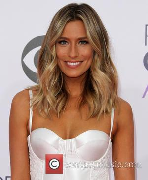 Renee Bargh - The 41st Annual People's Choice Awards at Nokia Theatre LA Live - Arrivals at Nokia Theatre L.A....