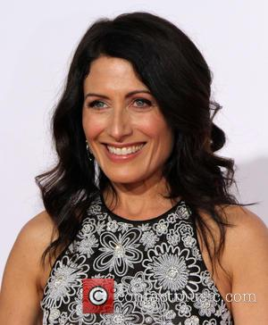 Lisa Edelstein - The 41st Annual People's Choice Awards at Nokia Theatre LA Live - Arrivals at Nokia Theatre L.A....