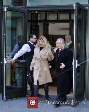 Kirstie Alley - Kirstie Alley leaving her hotelFeaturing: Kirstie AlleyWhere: Manhattan, New York, United StatesWhen: 08 Jan 2015Credit: TNYF/WENN.com -...