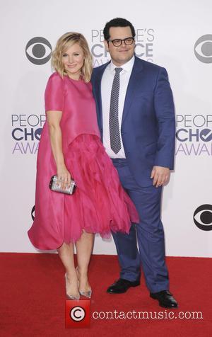 Kristen Bell and Josh Gad