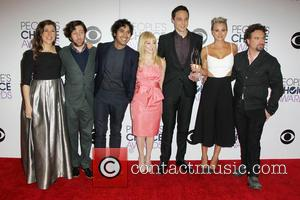 Mayim Bialik, Simon Helberg, Kunal Nayyar, Melissa Rauch, Jim Parsons, Kaley Cuoco-sweeting and Johnny Galecki