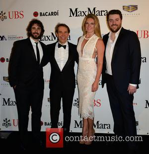 Josh Groban, Jeff Koons, Sarah Arison and Chris Young