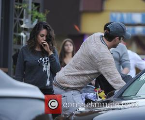 Mila Kunis And Ashton Kutcher Take The Daily Mail To Court Over Paparazzi Snaps