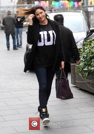 Lisa Snowdon - Lisa Snowdon leaves the Capital FM studios after presenting the morning show - London, United Kingdom -...