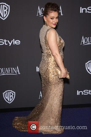 Alyssa Milano - 16th Annual InStyle and Warner Bros. Golden Globe afterparty - Arrivals at Beverly Hills, Golden Globe -...