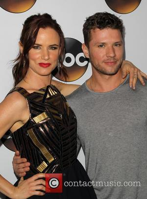 Juliette Lewis and Ryan Phillippe