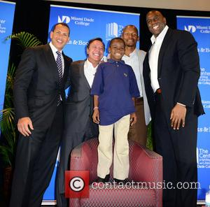 "Alex Rodriguez, Mike Fernández, Carson Sylvestre, Ray Allen and Earvin ""magic"" Johnson"