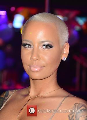 Amber Rose And Khloe Kardashian's Feud Is Heating Up Twitter, But What's The Beef?
