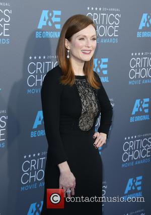 Julianne Moore Tapped To Design Oscars Backstage Lounge
