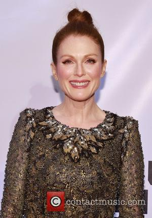 Julianne Moore - Museum of Moving Image Salutes Julianne Moore at 583 Park Avenue -  Arrivals at 583 Park...