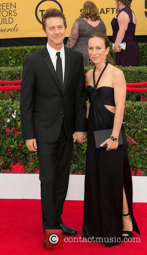 Edward Norton and Shauna Robertson - 21st Annual Screen Actors Guild Awards - Arrivals at Los Angeles Shrine Exposition Center,...