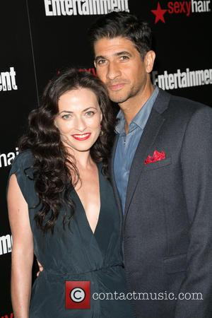 Raza Jaffrey and Lara Pulver - Celebrities attend Entertainment Weekly's Celebration honoring the 2015 SAG Awards nominees - Red Carpet...