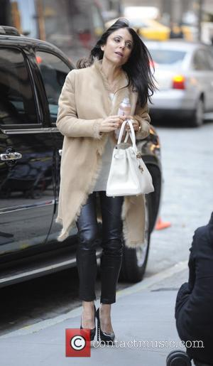Bethenny Frankel - Bethenny Frankel picks up her daughter Bryn from school - Manhattan, New York, United States - Thursday...
