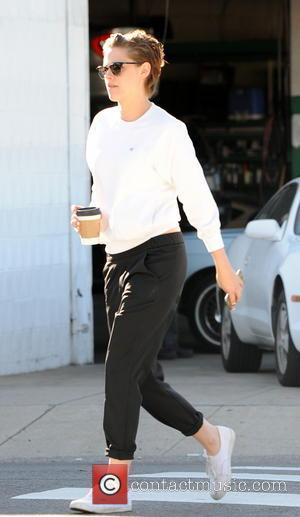 Kristen Stewart and Alice Cargile - Kristen Stewart and Alice Cargile seen picking up some coffee in Los Angeles -...
