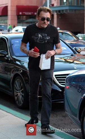 Johnny Hallyday - Johnny Hallyday leaves a doctors' office in Beverly Hills - Los Angeles, California, United States - Friday...