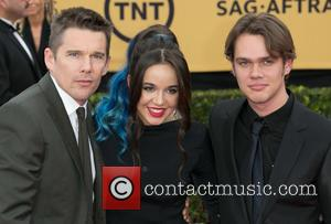 Ethan Hawke, Lorelei Linklater and Ellar Coltrane - 21st Annual SAG (Screen Actors Guild) Awards at Los Angeles Shrine Exposition...