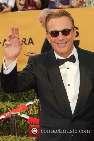 Kevin Costner - A host of stars were photographed on the red carpet as they arrived at the 21st Annual...