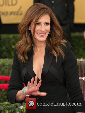Julia Roberts - A host of stars were photographed on the red carpet as they arrived at the 21st Annual...
