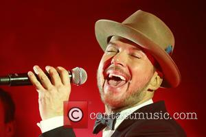 Matt Goss - Matt Goss performs at the 'Hold Amy's Hand' fundraiser at the Dorchester - London, United Kingdom -...