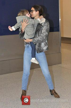 Lily Aldridge and Dixie Pearl Followill - Kings Of Leon frontman Caleb Followill and Lily Aldridge with their daughter depart...