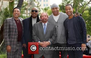Smokey Robinson, Stevie Wonder, Ll Cool J, John Legend and Ken Ehrlich