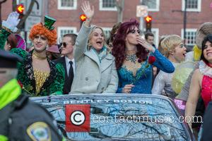 Amy Poehler Receives Hasty Pudding Homecoming